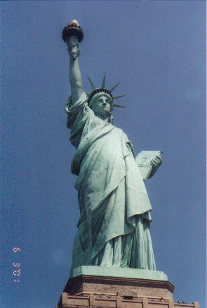 Statue of Liberty.jpg (36133 bytes)